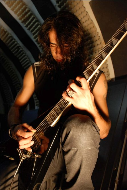 fadi-mabjesh-guitar
