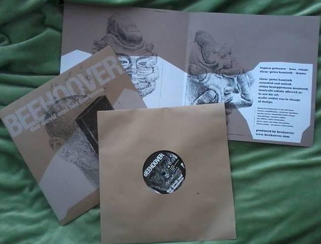 http://www.lebmetal.com/wp-content/files/2013/09/Beehoover-album-2013.jpg
